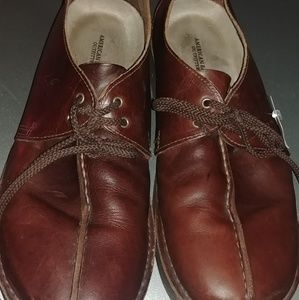 American Eagle leather walking hiking shoes